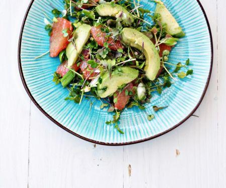 Avocado-Grapefruit-Salat mit Quinoa