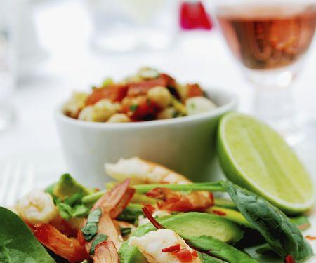 Avocadsalat mit Shrimps