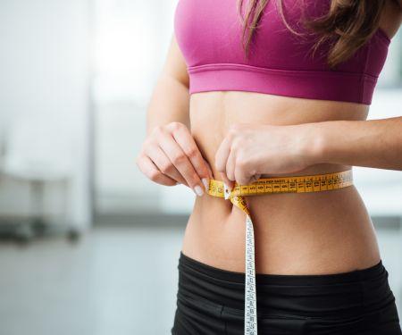 Bauchfett verlieren: Tipps gegen Bauchfett