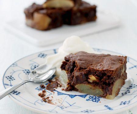 Birnen-Schoko-Kuchen mit Nüssen