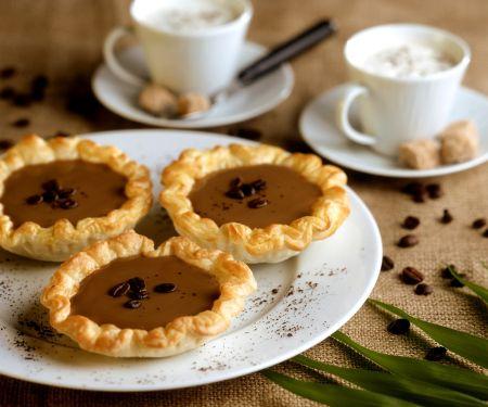 Blätterteig-Tarteletts mit Kaffeecreme