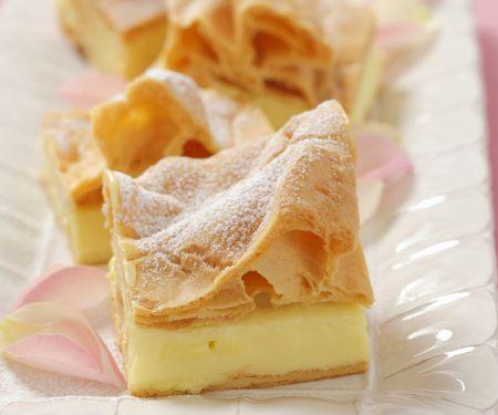 Blätterteigkuchen mit Vanillepudding auf polnische Art