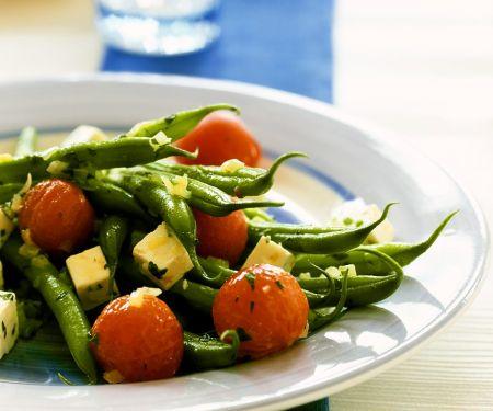 Bohnen-Tomaten-Pfanne mit Fetakäse