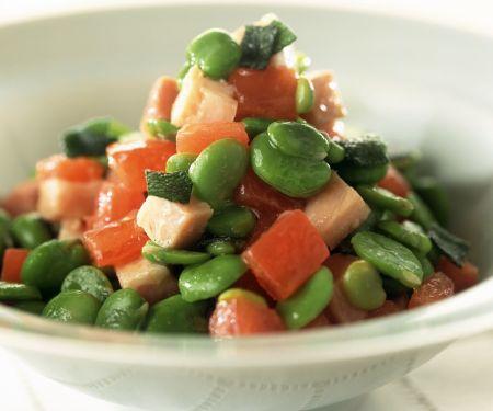 Bohnen-Tomatensalat mit Schinken