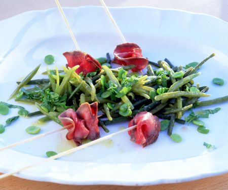 Bohnensalat mit Filetspießchen