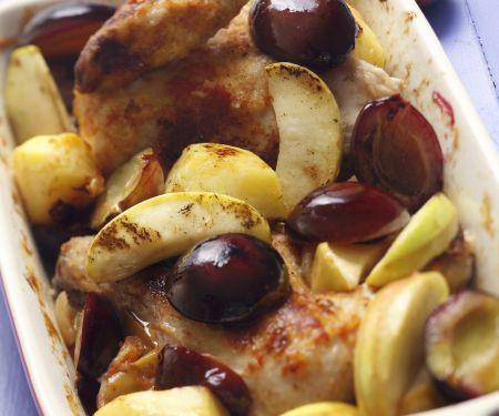 Brathähnchen mit Äpfeln und Pflaumen