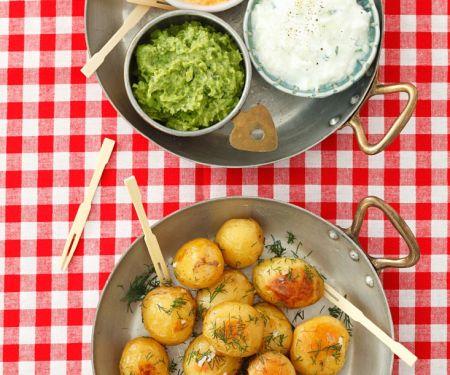 Bratkartoffeln mit verschiedenen Dips