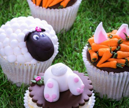 Bunt verzierte Cupcakes