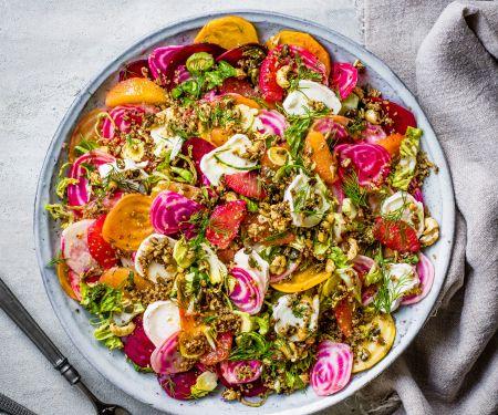 Bunte-Bete-Salat mit Zitrusfrüchten und Ziegenkäse