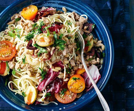 Bunter Spaghetti-Hackfleisch-Salat