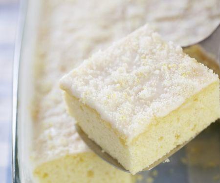 Buttermilchkuchen mit Zitrone