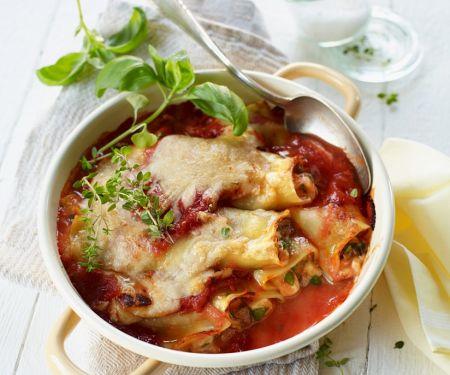 Cannelloni mit Mozzarella und Hackfleisch