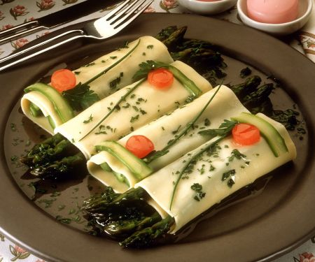 Cannelloni mit Spargelfüllung