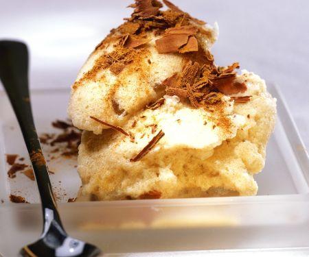 Cappucino-Eis mit Zimt