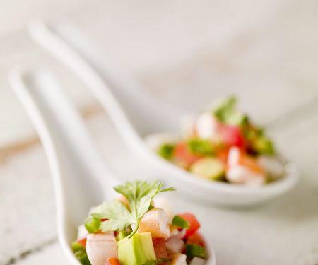Ceviche mit Garnelen und Avocado