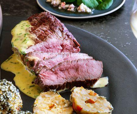 Charolais-Steakhüfte mit Sauce béarnaise und Kürbisknödel