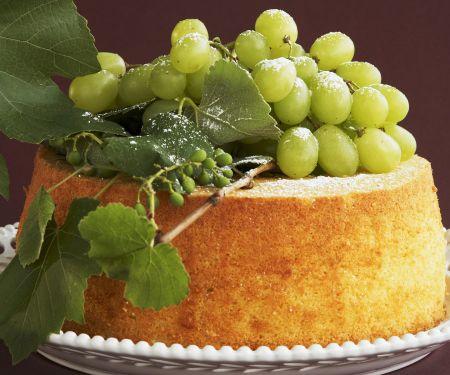 Chiffon Cake mit Weintrauben