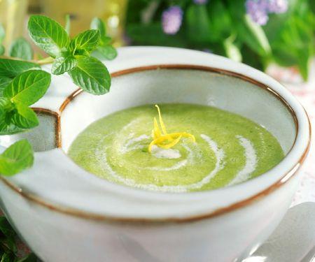 Chlodnik ogorkowo-mietowy (kalte Gurken-Minze-Suppe, Polen)