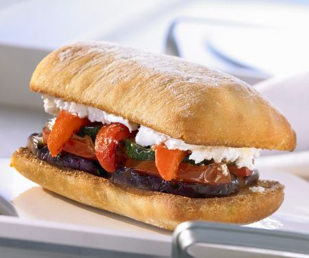 Ciabatta-Sndwich mit Röstgemüse