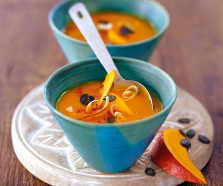 Cremige Kokos-Kürbis-Suppe