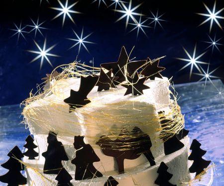 Dreistöckige Weihnachtstorte