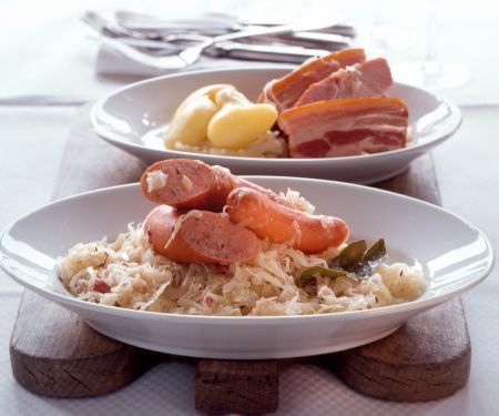 Elsässer Sauerkrautplatte (Choucroute garnie)