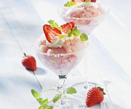 Erdbeer-Sekt-Sorbet