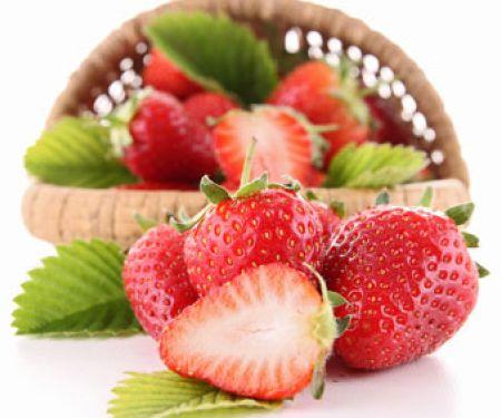 Erdbeeren putzen – schnell und einfach