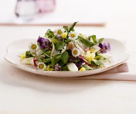 Essblumen-Salat