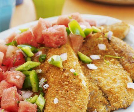 Fisch mit Cornflakes-Kruste und Gemüsesalat