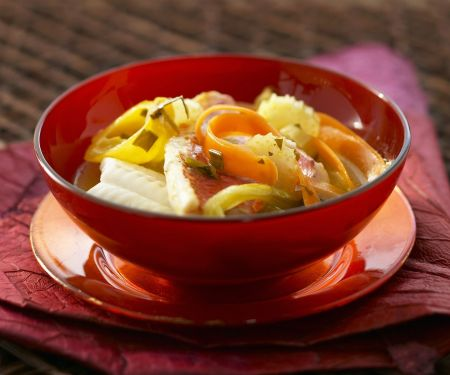 Fischsuppe mit Gemüse