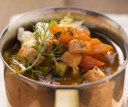 Fleisch-Gemüse-Topf (Soljanka)