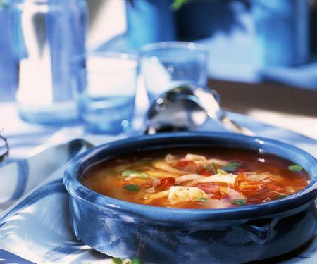 Französische Fischsuppe mit Knoblauchbrot