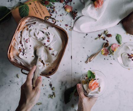 Frozen Joghurt selber machen – das ist ganz einfach! © arinahabich