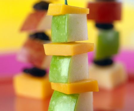 Fruchtige Käse-Spießchen
