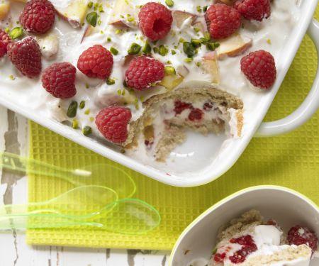 Fruchtiger Joghurt-Biskuit-Auflauf