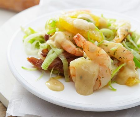 Fruchtiger Lauch-Shrimpssalat