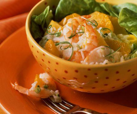 Fruchtiger Reissalat mit Garnelen