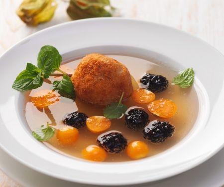 Fruchtsuppe mit Quarkbällchen