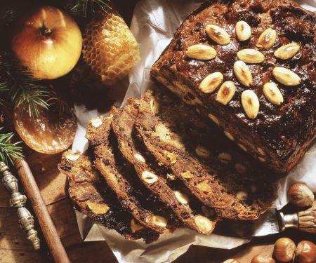Früchtebrot zu Weihnachten