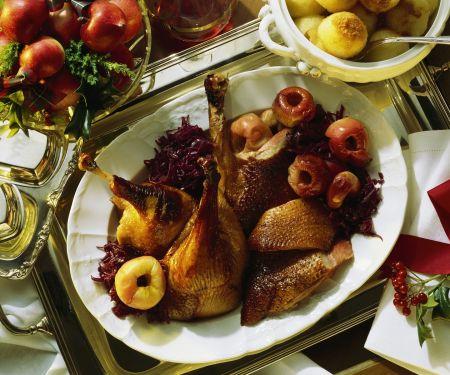 Gänsebraten mit Apfelblaukraut