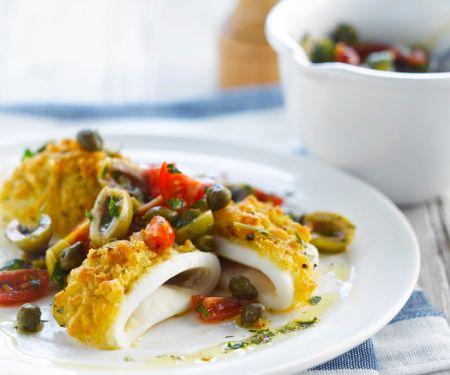 Gebackene Tintenfischringe mit Tomatensalat