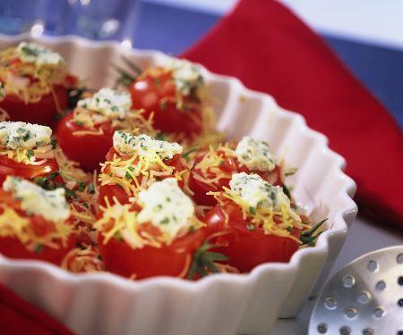 Gebackene Tomaten mit Nudel-Putenfüllung