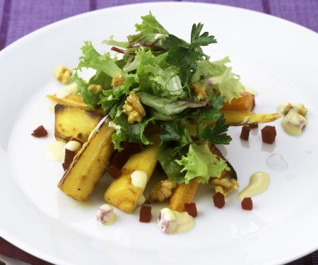 Gebratene Pastinaken mit Endivien-Rote-Bete-Salat
