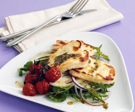 Gebratener Halloumi mit Salat