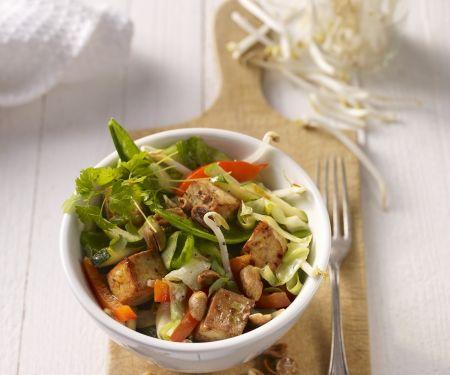 Gebratener Tofu mit gemischtem Gemüse