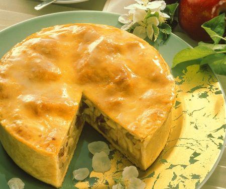 Gedeckter Bratapfelkuchen