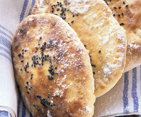 Gefülltes indisches Naan-Brot