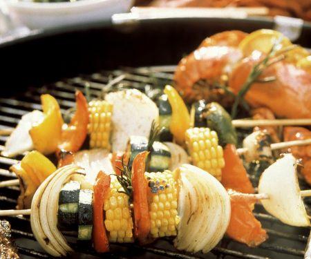 Gegrillte Gemüsespieße