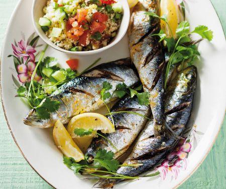 Gegrillte Sardinen mit Couscoussalat